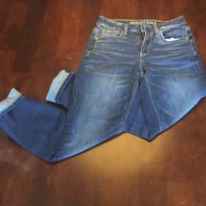 American eagle extra high rise tomgirl jeans